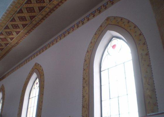 Opravy šablon a výmalba kostela Vítězná