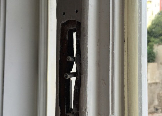 Oprava oken po natření