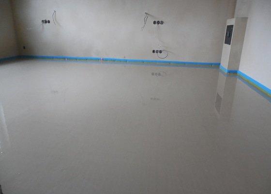 Anhydritové podlahy RD 280m2