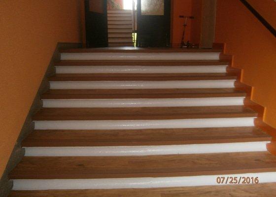 Renovace schodiště a zábradlí